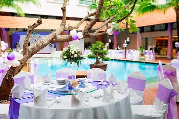 Cho thuê bàn ghế cưới hỏi màu tím