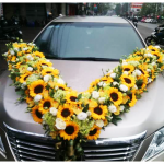 Trang trí tiệc cưới bằng hoa hướng dương