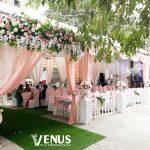 Mẫu trang trí tiệc cưới tại nhà