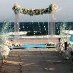 Trang trí tiệc cưới ngoài trời 12