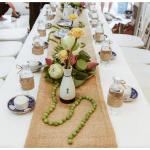 Trang trí tiệc cưới bằng hoa sen