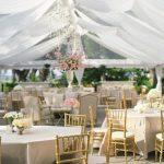 trang trí đám cưới khách sạn màu trắng