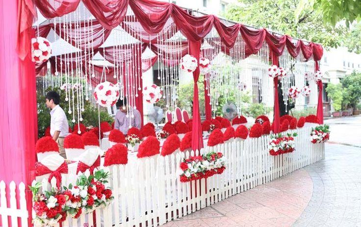 trang trí đám cưới vào mùa mưa