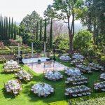 Không gian trang trí tiệc cưới ngoài trời 9