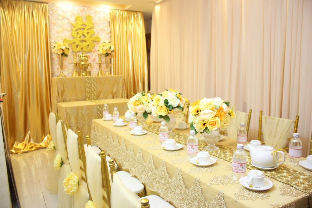 Phông đám cưới màu vàng đẹp
