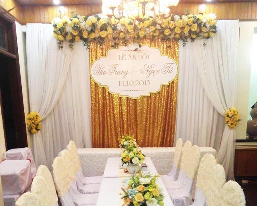 Phông đám cưới màu vàng đồng 2
