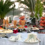 Tiệc buffet cưới ngoài trời 1