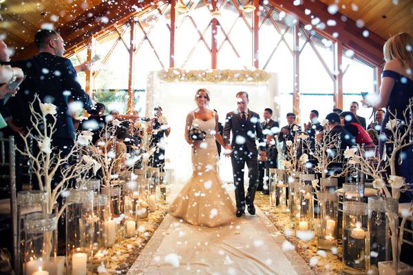 Tổ chức tiệc cưới vào mùa đông