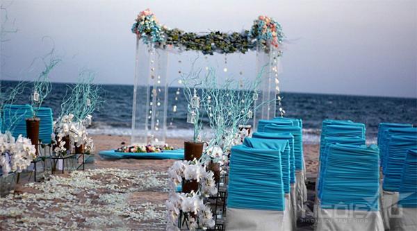 Tổ chức tiệc cưới ngoài trời trên biển