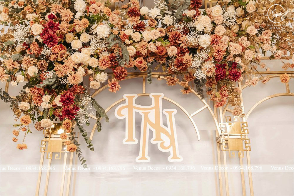 trang trí tiệc cưới khách sạn Nguyên Hưng - Hồng Nhung